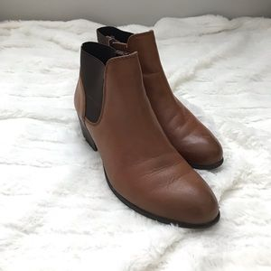 Steve Madden - Tan Ankle Booties